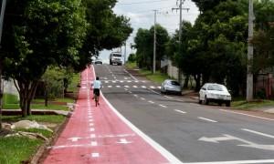 Ciclofaixa poderá ser usada como estacionamento, mas apenas em alguns horários