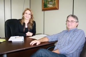 Secretária Jovelina Chaves (Semdetec) e Luiz Geremia (Finanças): evento visa reconhecer maiores contribuintes do imposto