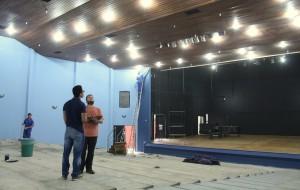 Além da pintura, o local receberá piso antiderrapante, o forro tinta antichamas e as saídas portas antipânico