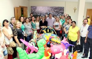 O prefeito Cantelmo Neto entregou às diretoras dos 16 CMEIs de Beltrão mais de seis mil brinquedos que irão equipar as brinquedotecas do município