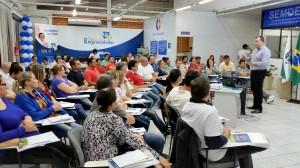 Muitos pequenos empreendedores participaram de palestra que orientou sobre a participação em licitações, no Centro Empresarial