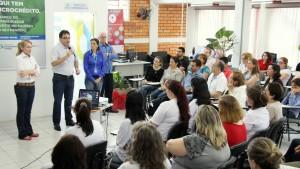 Prefeito Cantelmo Neto participou do lançamento da feirinha, nesta segunda no Centro Empresarial